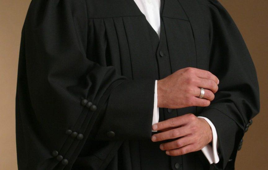 lawyer-attire-1-864x550