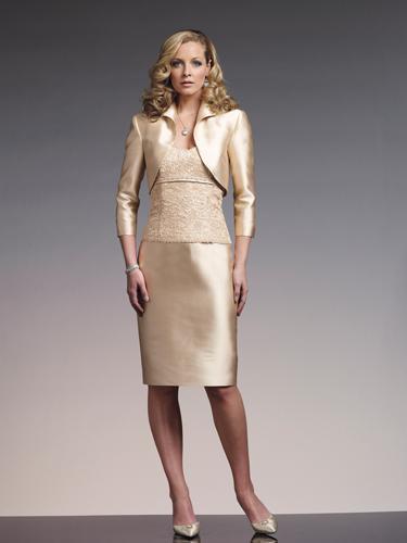 OA03 - Világos örömanya kosztüm