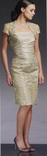 OA06 - Örömanya ruha csipke díszítéssel