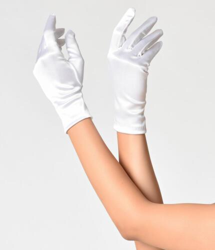 Vintage Style White Satin Wrist Gloves 1 94ab58f7-5b48-4bd0-ac47-fa6aca42a976 1024x1024