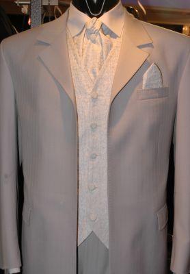 EF05 - Világosszürke alkalmi öltöny