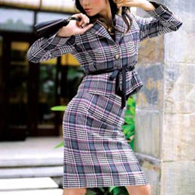 NK02 - Kockás őszi kosztüm