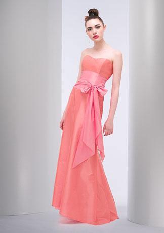 KL19 - különleges ruha esküvőre