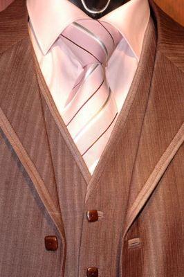 AO05 - alkalmi öltöny selyem mellénnyel